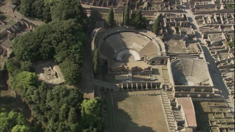 678421784-pompeya-excavacion-roma-antigua-teatro